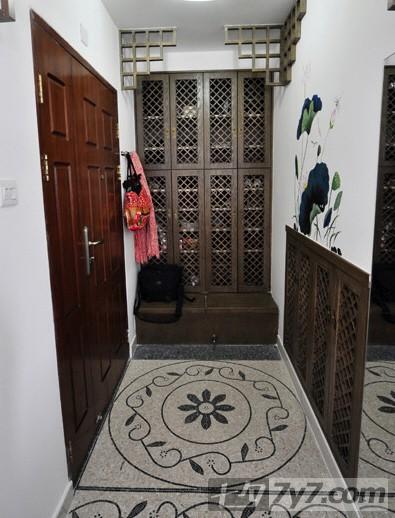 简中式古典装修效果图片大集合 地上圆形大理石拼花,通风超级大鞋柜