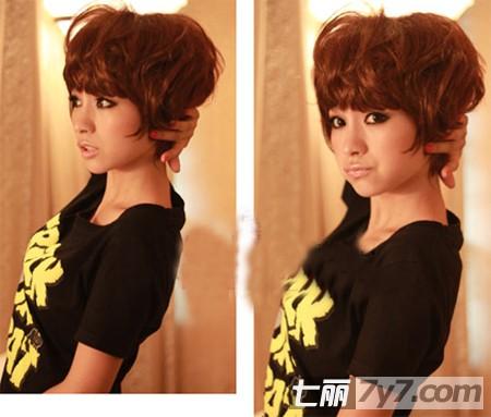 女生短发纹理烫发型图片 韩国mm不得不爱的时尚造型