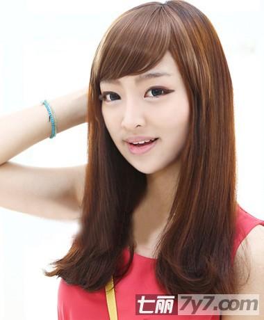 2011新长直发梨花头发型设计图片
