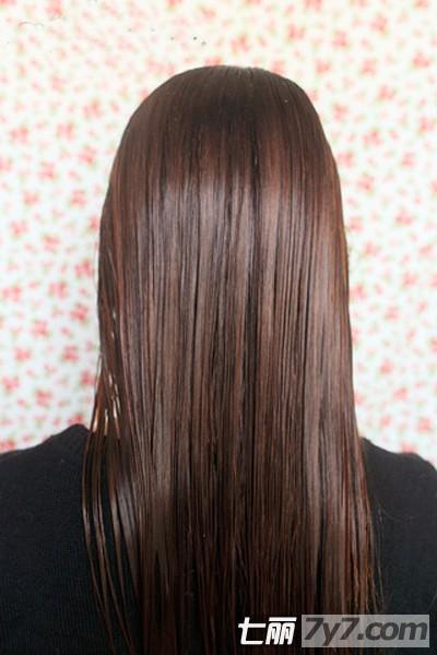 头发干枯毛躁怎么办 支招染发后发尾干枯毛躁的护理方法