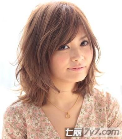 2013年最新修颜发型 圆脸适合的短发梨花头