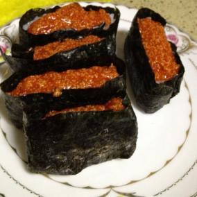 鱼子军舰寿司
