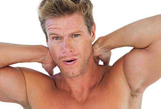 男士頸部護理需從細節入手